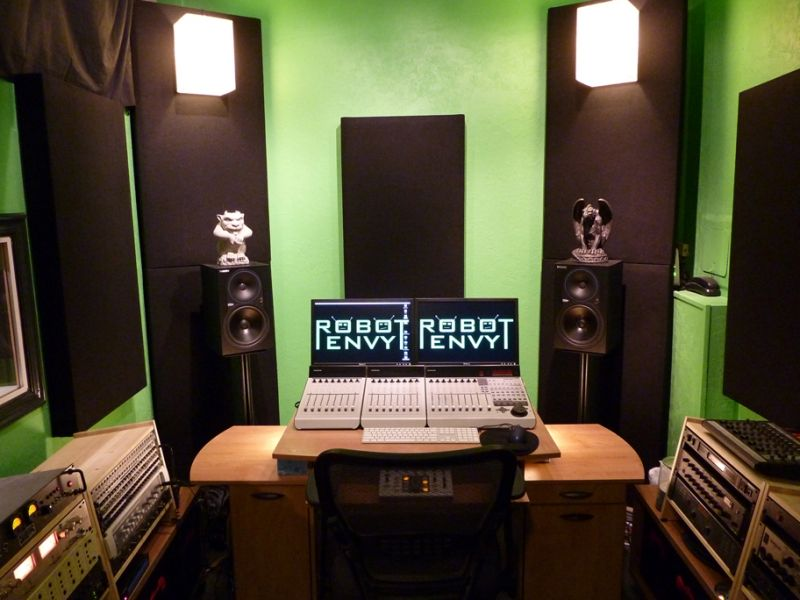 Robot Envy Studio